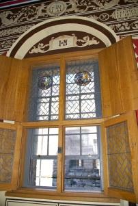 Oak window screens