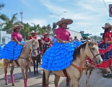Riding side saddle