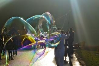 Cool bubbles!!