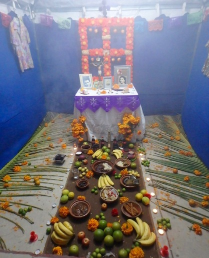 One of the simpler altars, wtih plenty of food for the road