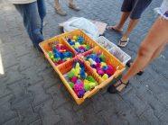 Pollitos at the market...??
