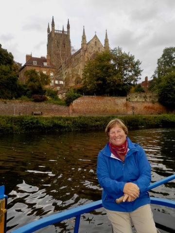 Passing Worcester Cathedral on the River Severn