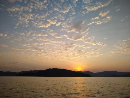 Sunrise leaving Rosario